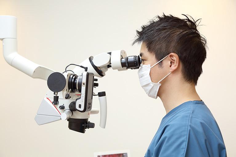 顕微鏡を用いた外科的歯内治療